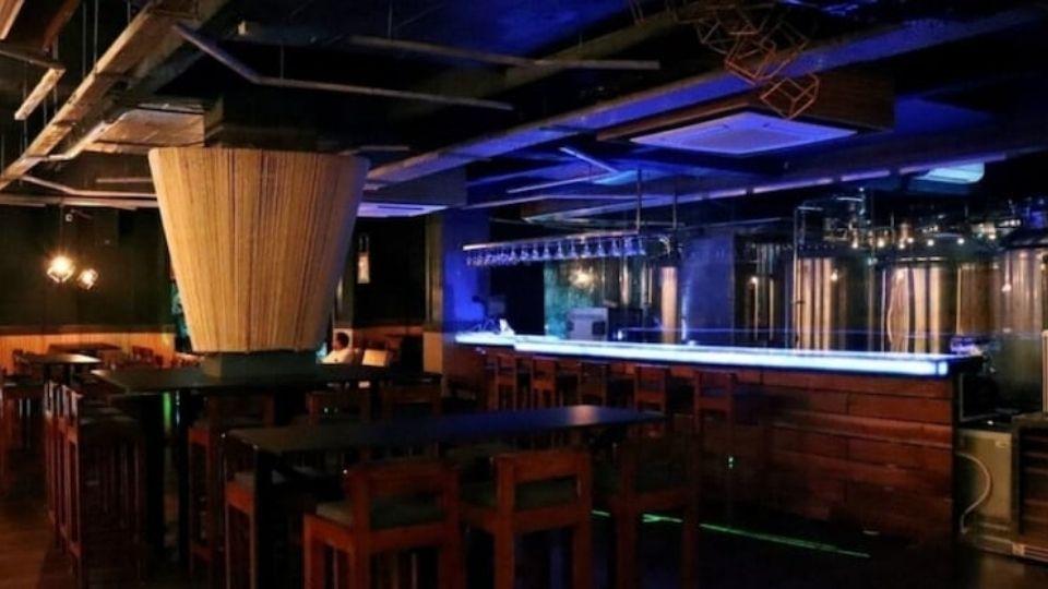 Mad Mule Bar