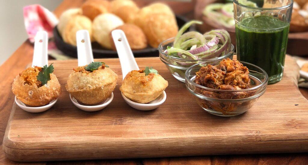 chicken gupchup (panipuri)