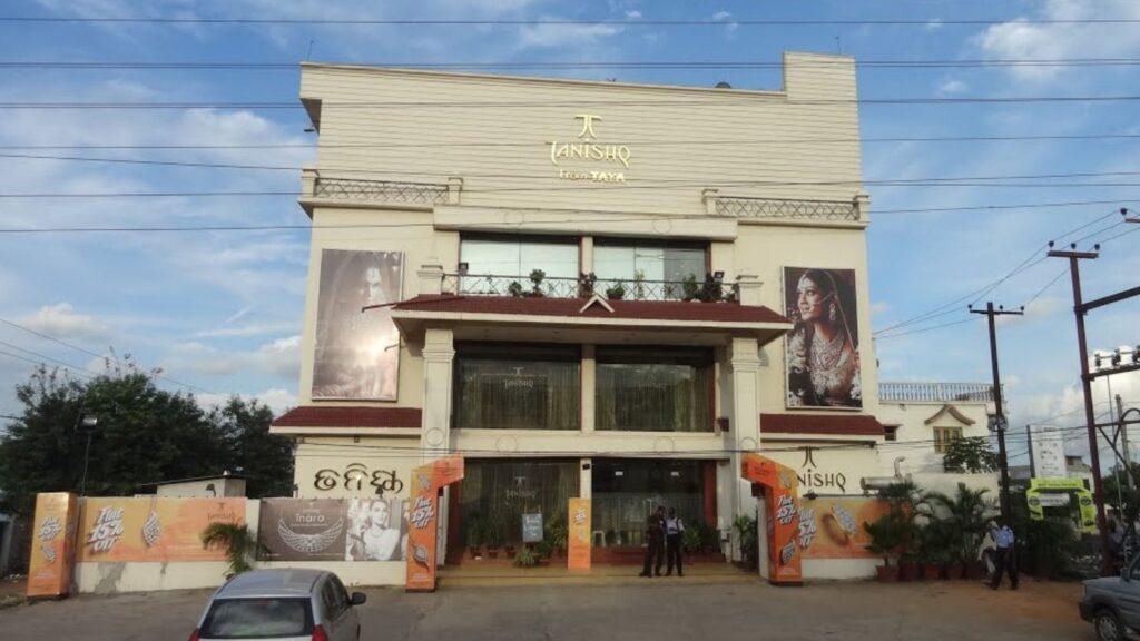 Tanishq Jewellers branch at Chandrasekharpur